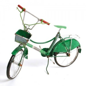 Classic bicycle made from recycled cans