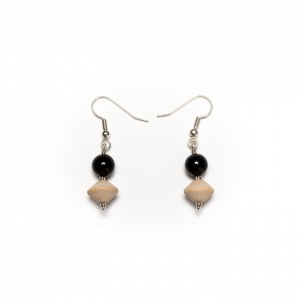 Onyx and wood earrings