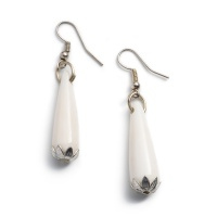 Anika earrings teardrops silver