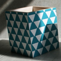 Geometric pencil pot, triangles