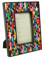 Photo frame recycled crayons